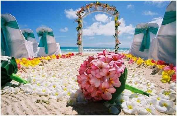 casamento-no-estilo-havaiano-arcos