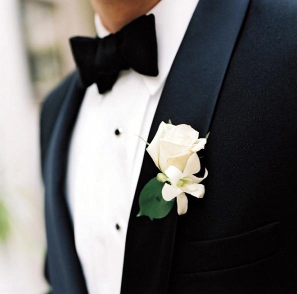 flor-de-lapela-para-noivos-rosa