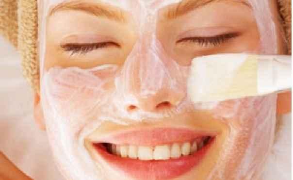 mascara-facial-como-usar-pincle