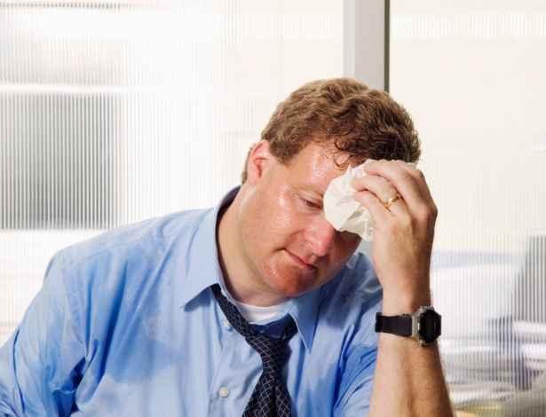 sudorese-causas-e-tratamento