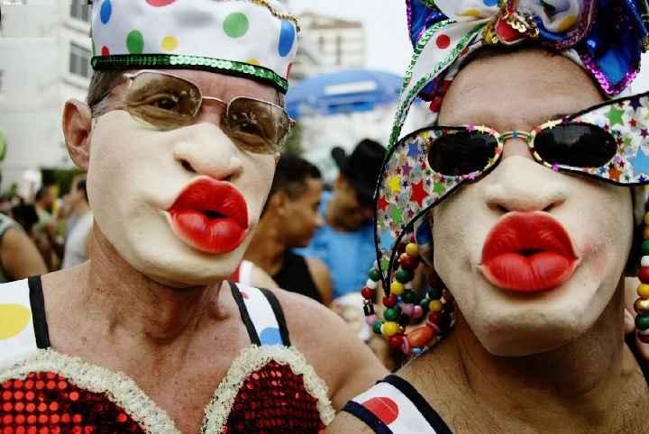 Beijos no Carnaval - Riscos e Como Prevenir Doenças