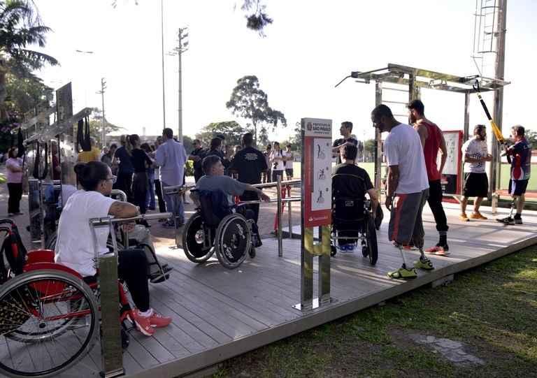 Estação de Ginástica Para Deficientes ao Ar Livre – Inauguração