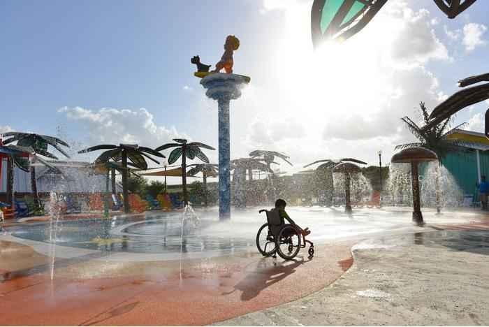Parque Aquático Para Deficientes - Inauguração