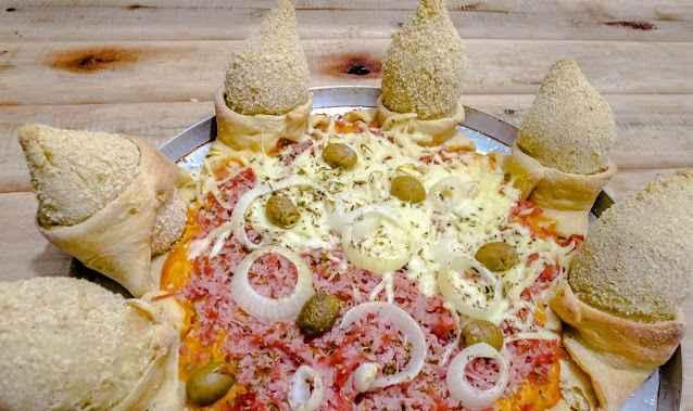 Pizza Com Borda de Coxinha – Receita e Como Fazer