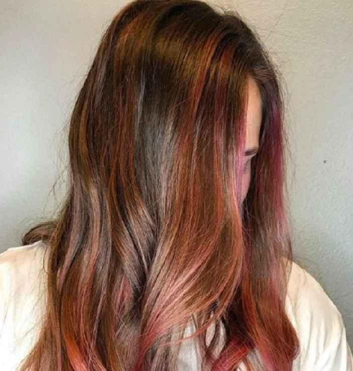 Cabelos Caramelo Rosé – Novo Tom