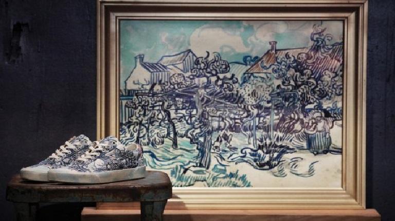 Tênis e Roupas Com Estampas de Van Gogh - Lançamento