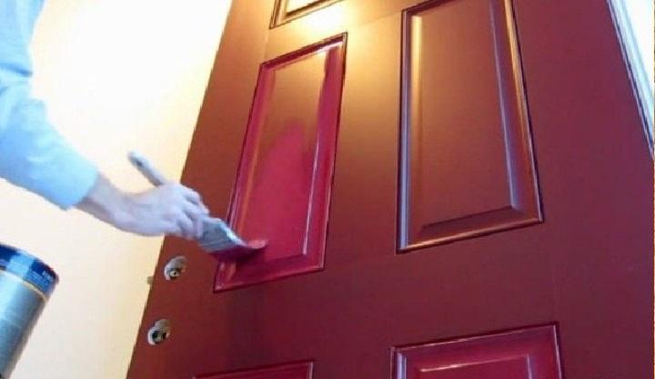 Pintar Porta de Madeira – Material, Escolha da Tinta e Passo a Passo