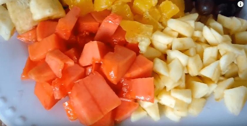 Salada De Frutas Cremosa – Vídeo