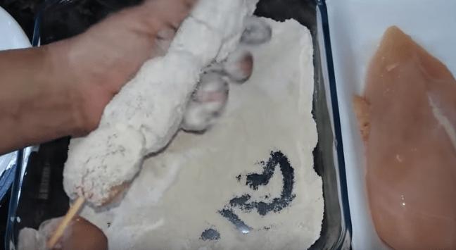 Espeto Frango Empanado – Vídeo