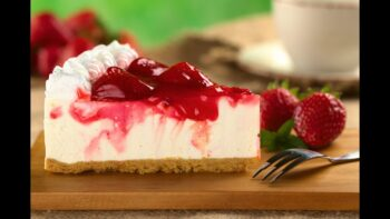 Cheesecake Morango Fácil – Vídeo