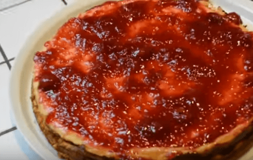 Cheesecake Morango Fácil – Vídeo